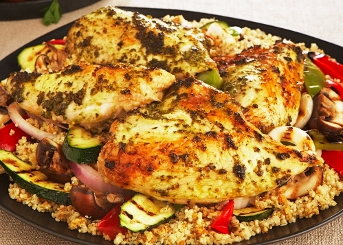 CHICKEN WITH QUINOA AND GRILLED VEGETABLES