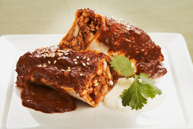 CHICKEN ENCHILADAS WITH MOLE