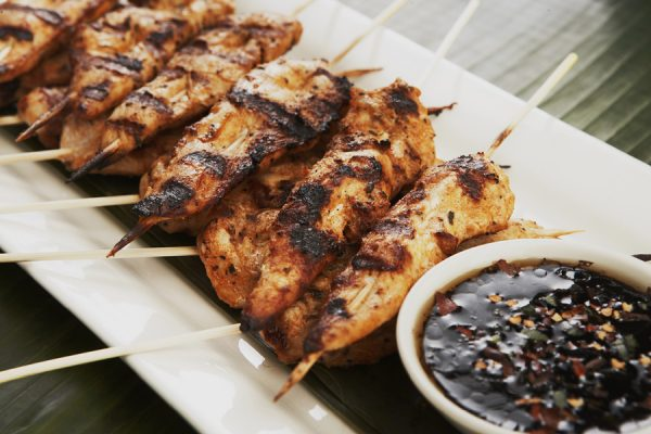 CHICKEN SATAY WITH ASIAN DIP