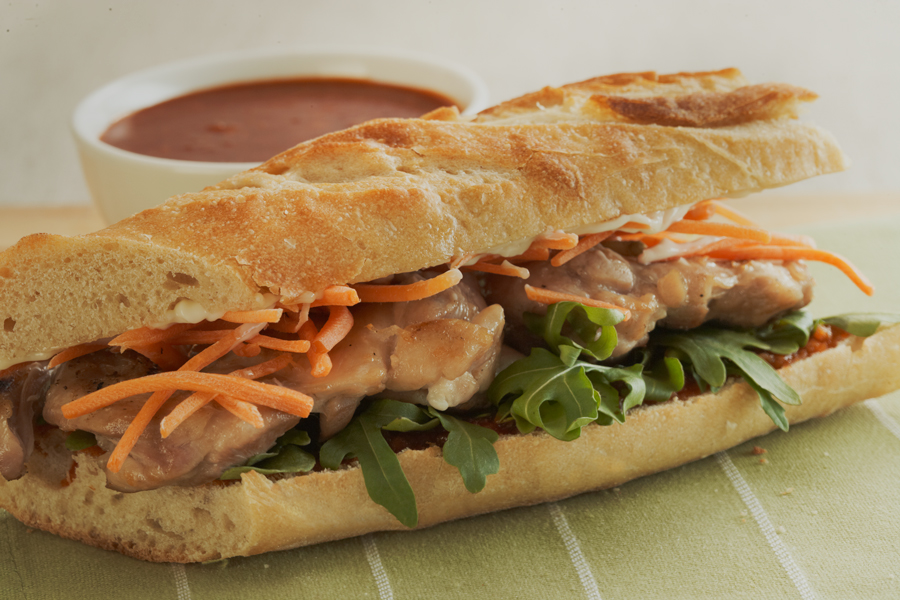 CHICKEN BAGUETTES WITH CHILI GARLIC SAUCE