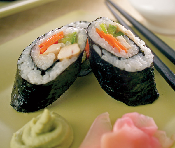 CHICKEN NORI ROLLS