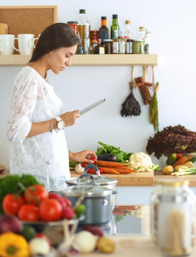 4 TIME SAVING TIPS FOR MEAL PREP