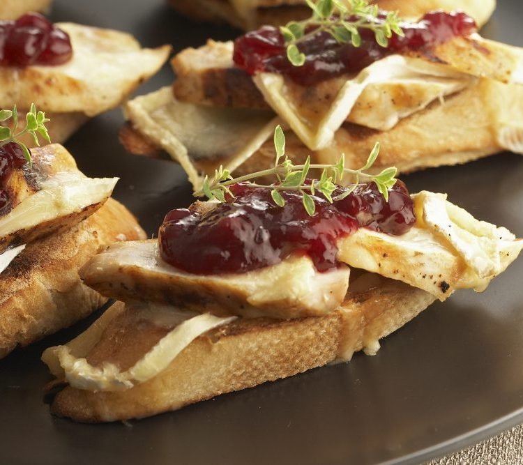 OPEN FACE CHICKEN & BRIE SANDWICH MELTS
